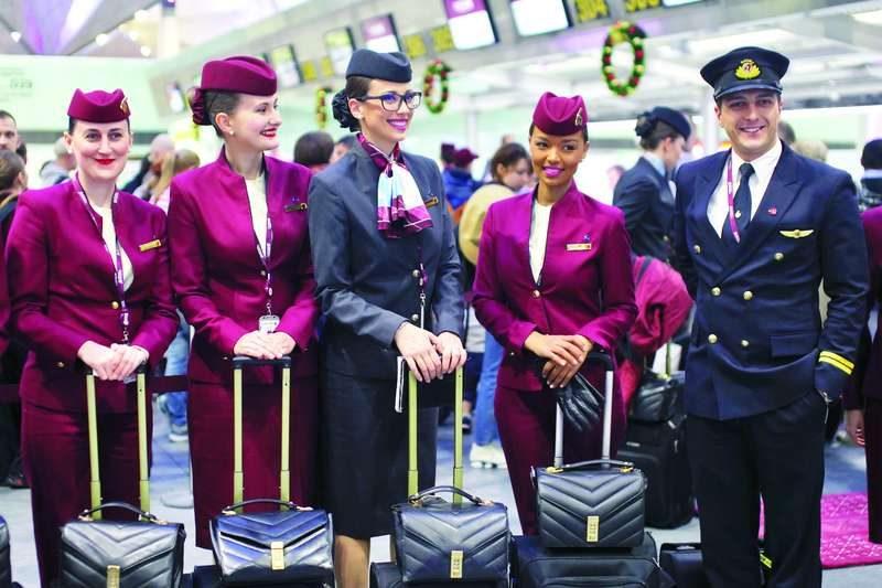 """Экипаж первого рейса авиакомпании """"Qatar Airways"""". Фото Интерпресс"""
